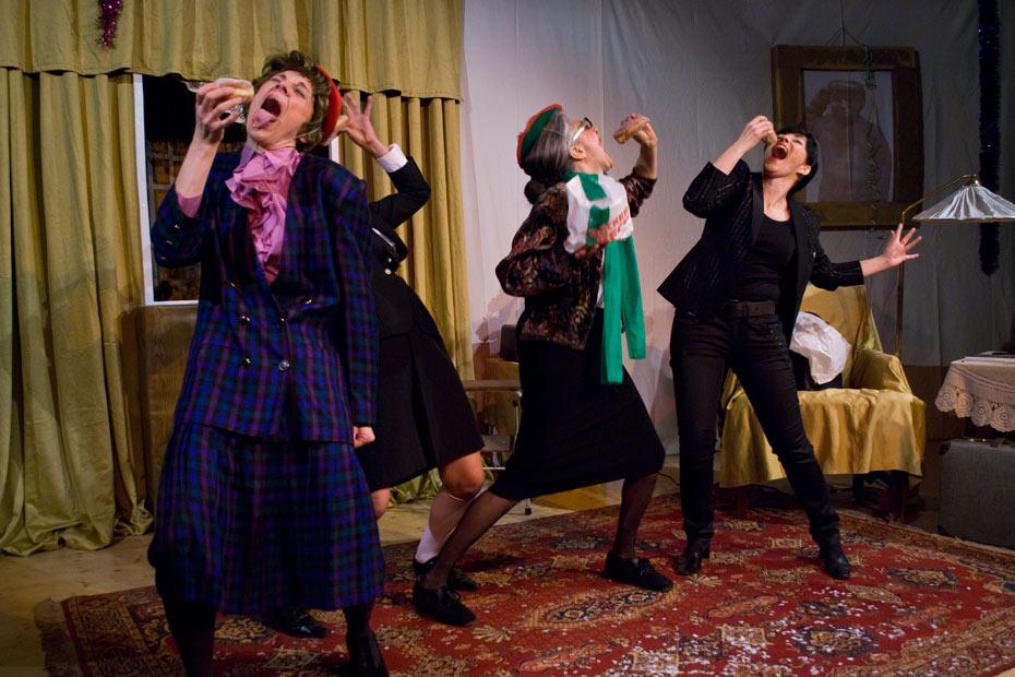 Theateratelier_2010_AltWeiberzauber_copyright_anderle_930052