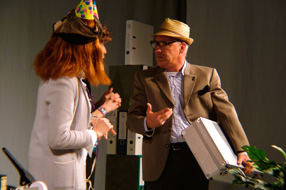 Theateratelier_AllesKonfetti_2007_copyright_anderle_021_930