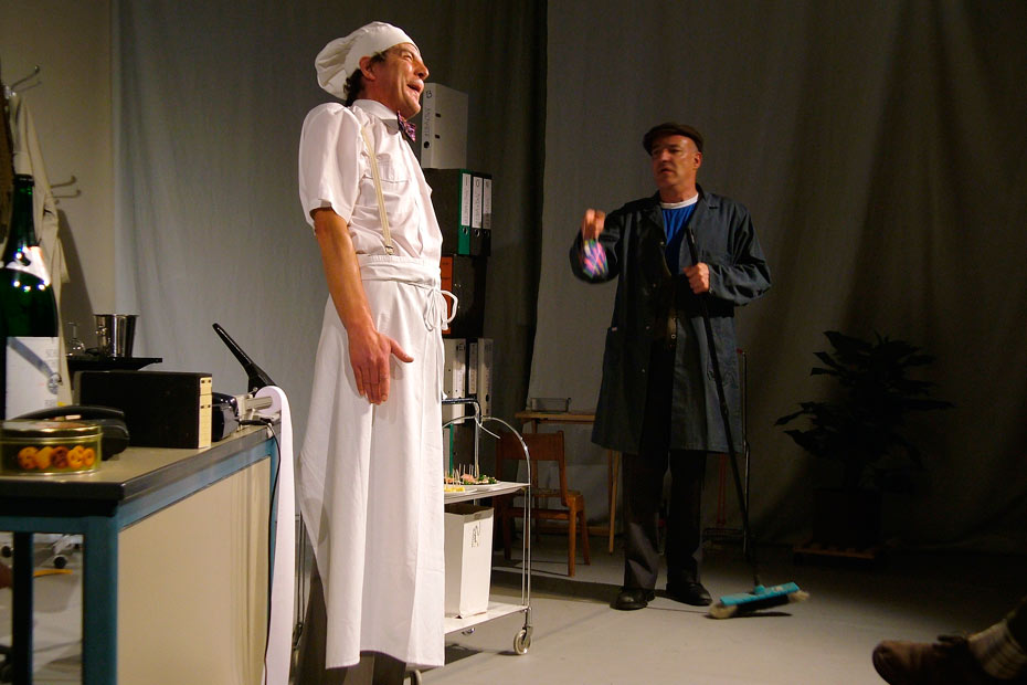 Theateratelier_AllesKonfetti_2007_copyright_anderle_040_930