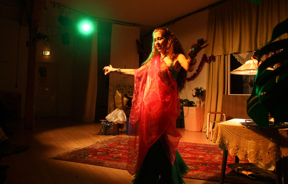 Schleiertanz mit Petra Kamalu von Tamarisk in Offenbach a.M.