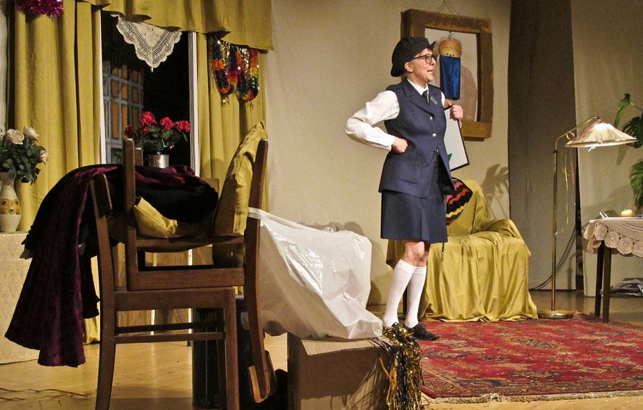 Theateratelier_Weiberzauber_2011_copyright_herrmann_051_930