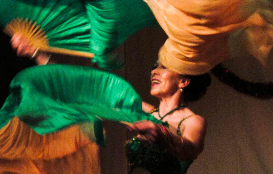 Theateratelier_Weiberzauber_2011_copyright_herrmann_063_930