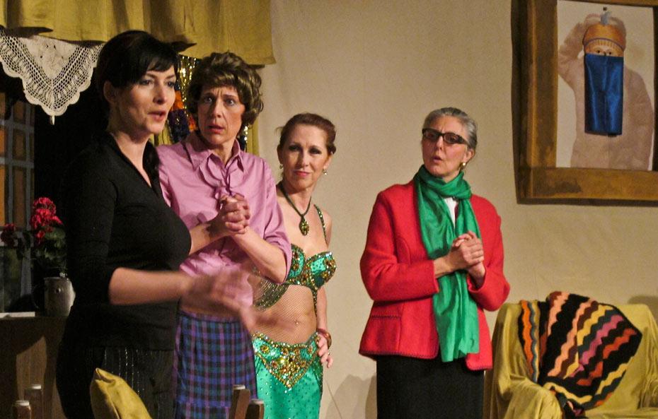 Theateratelier_Weiberzauber_2011_copyright_herrmann_82_930