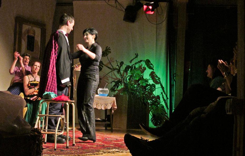 Theateratelier_Weiberzauber_2011_copyright_herrmann_84_930
