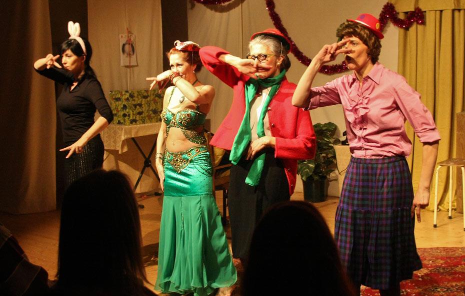 Theateratelier_Weiberzauber_2011_copyright_herrmann_88_930