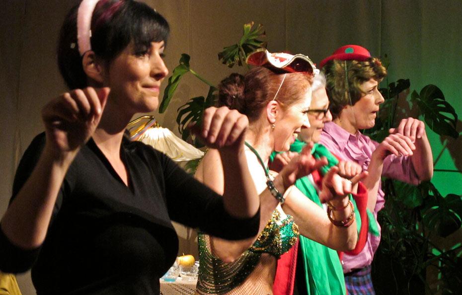 Theateratelier_Weiberzauber_2011_copyright_herrmann_89_930