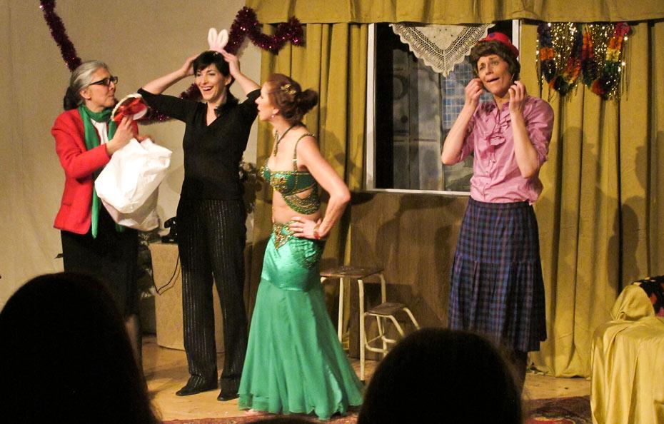 Theateratelier_Weiberzauber_2011_copyright_herrmann_90_930