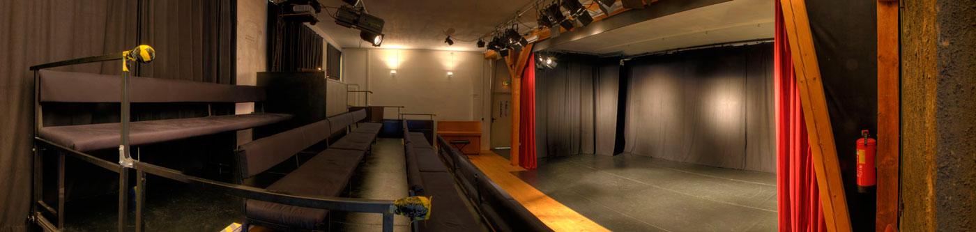 theaterraum1_pb14h_1400__
